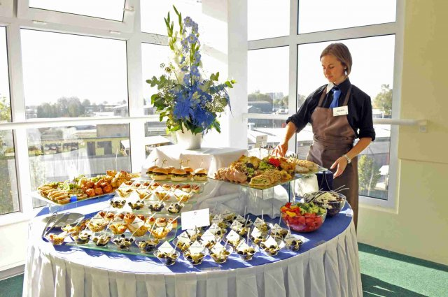 Alfredo catering & banquet service