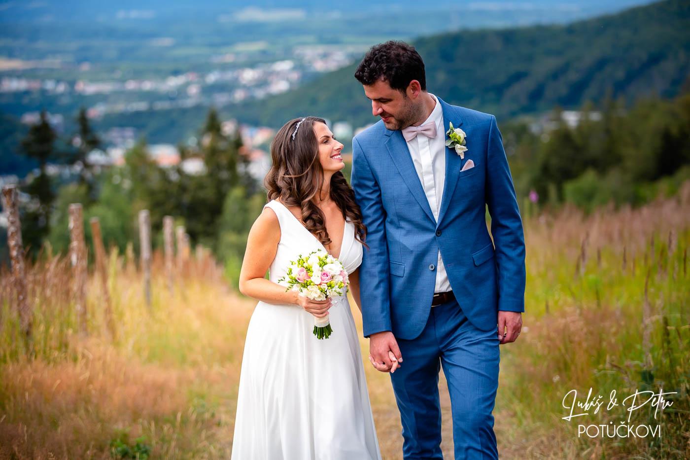 fotografování svatby na 8 hodin